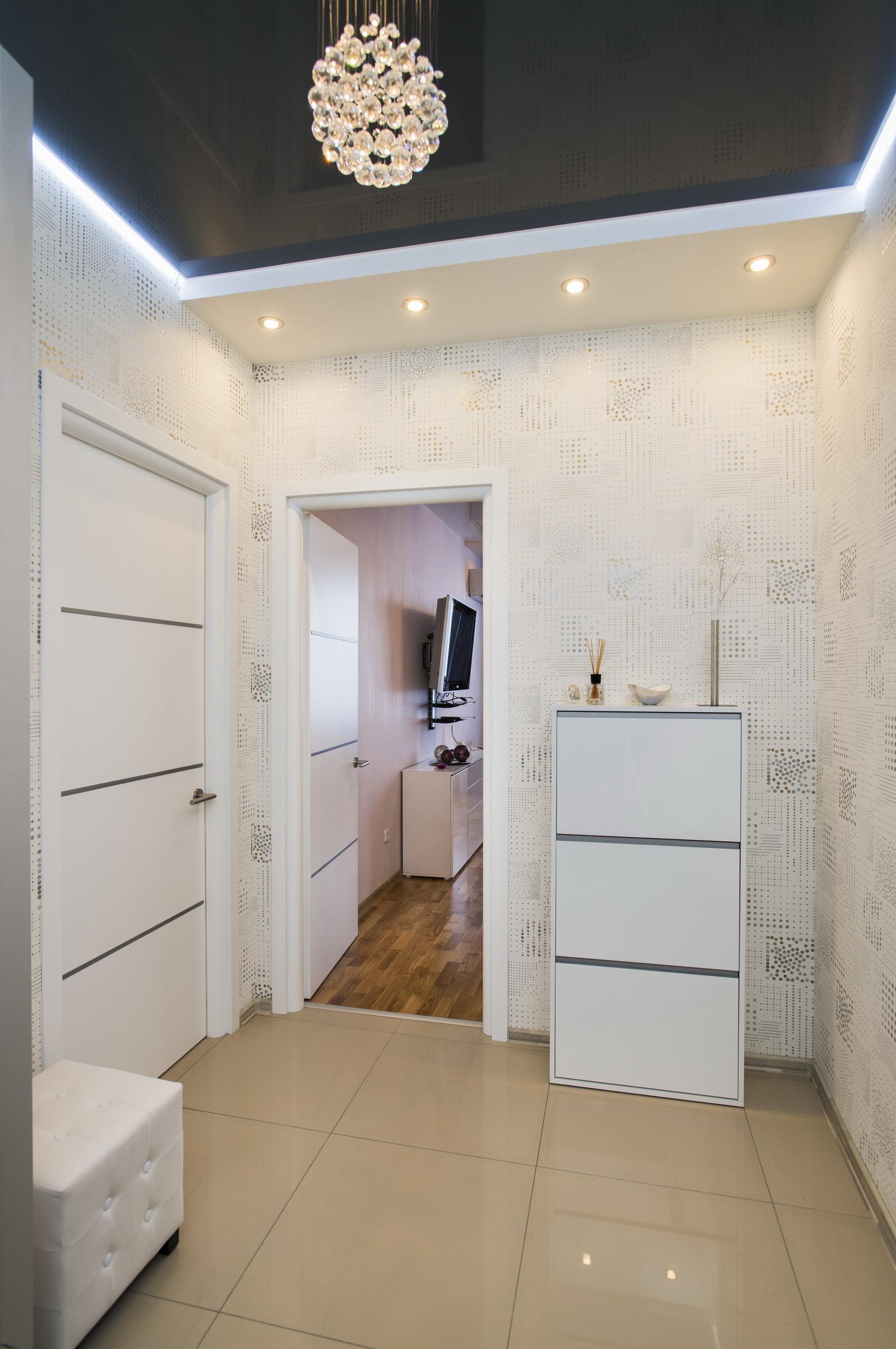 Узкий маленький коридор в квартире — дизайн фото