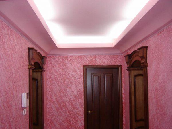 dekorativnaja_shtukaturka_v_prihozhej_2-1024x768
