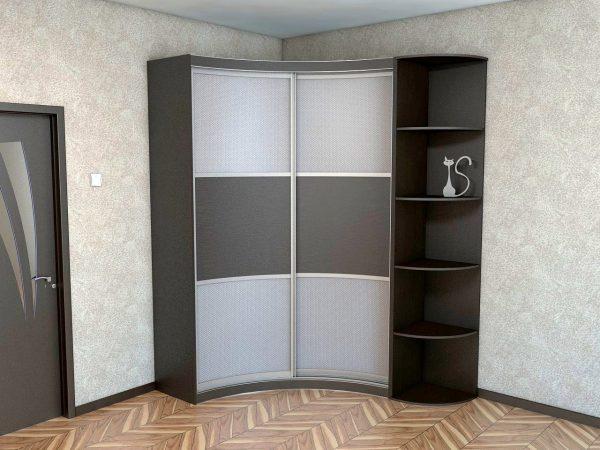 Радиусный шкаф станет отличным вариантом для маленькой прихожей,ведь по конструкции он схож с угловым