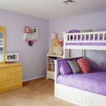 Как правильно оформить детскую комнату двум девочкам?