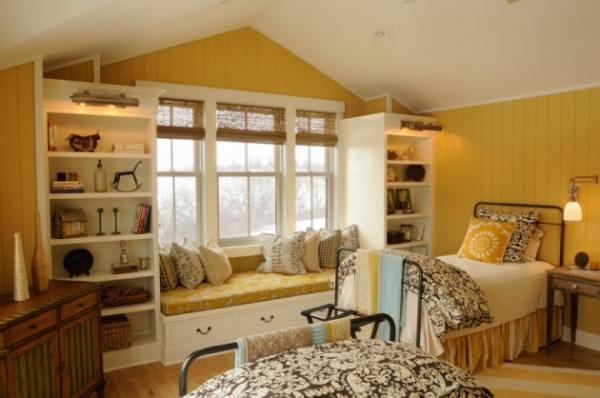 Как оформить детскую комнату в желтом цвете?