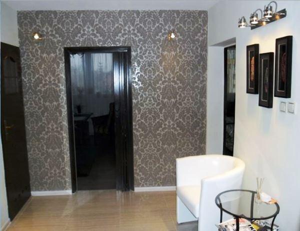 Обои для прихожей и коридора: фото, идеи для оформления квартиры