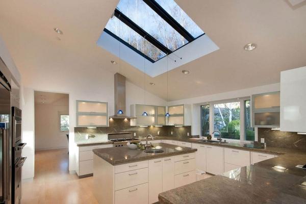 Планировка и дизайн кухни 30 кв. м: обустраиваем большую площадь