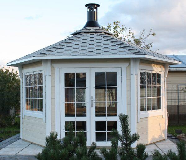 Беседка на даче для отдыха: как выбрать?