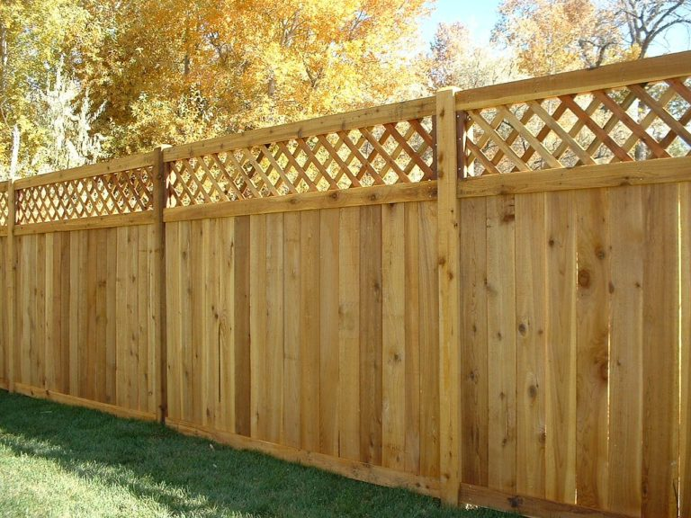 Как построить деревянный забор своими руками фото
