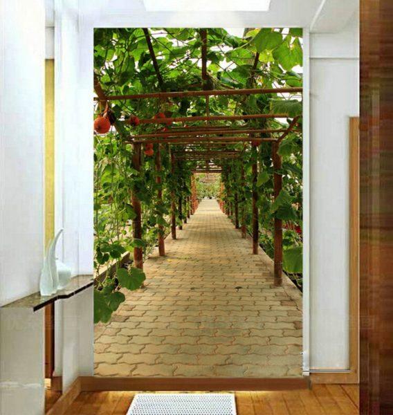 И еще один вариант зеленой арки напротив входной двери